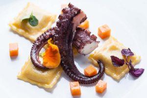 Zum Anbeißen: Foodfotografie – Cliff Kapatais