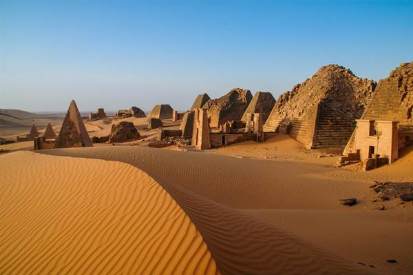 Sudan: Nubische Dörfer und schwarze Pharaonen - Rainer Skrovny / ARR Reisen I Natur.Kultur.Foto - Photo+Adventure
