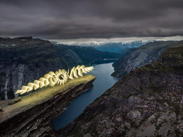 Wenn mit Licht und Feuer neue Welten geschaffen werden - Olaf Schieche / Olympus - Photo+Adventure
